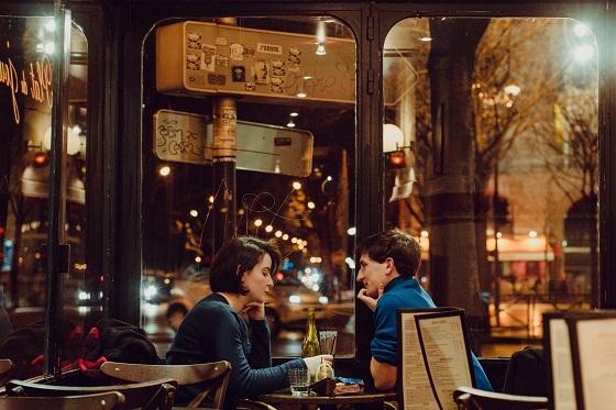 Wat is een date night en Waarom een date night belangrijk is met je partner, zeker als ouder