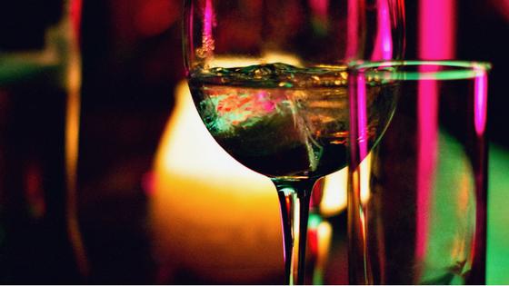 Waarom alcohol drinken als moeder