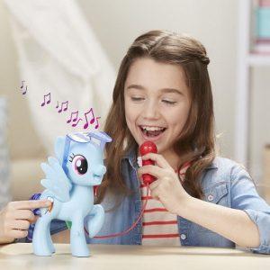 My Little Pony Rainbow Dash singing