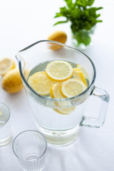 Fruitwater met citroen