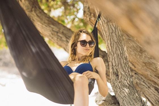 Met deze 5 tips kom je ontspannen de zomer door