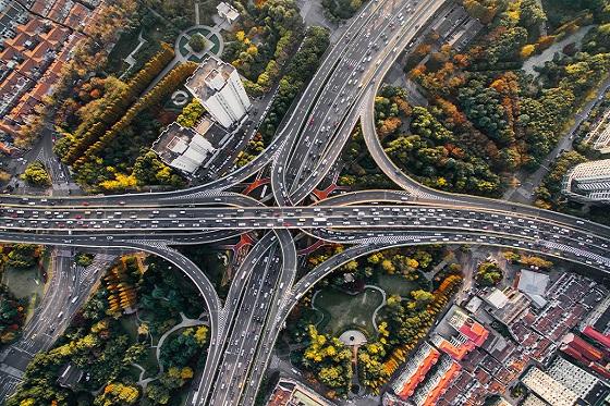 Rijstijlverzekering - auto's op de snelweg