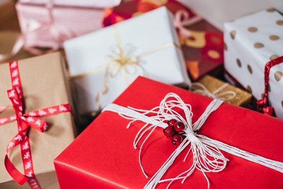 Besparen op de december cadeaus