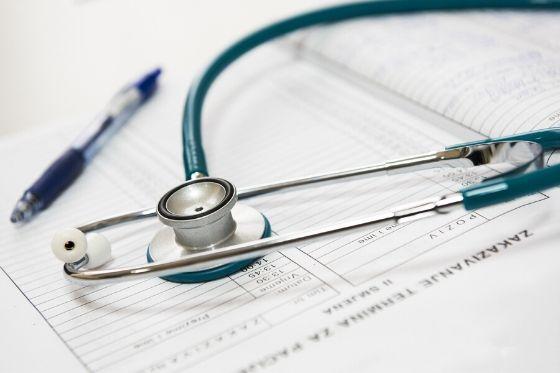 Besparen op je zorgverzekering- zorgverzekering vergelijken