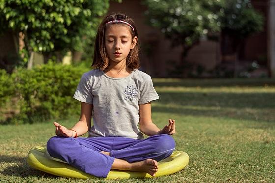 kind en ouder yoga oefeningen