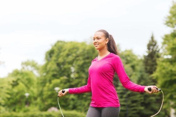 springtouwen voor volwassenen - tips om thuis te sporten