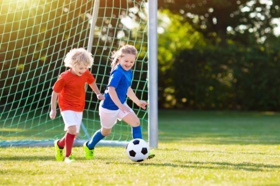besparen op kosten voetbalkleding doe je met deze tips