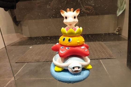 Splash en Surf badspeelgoed Sophie de giraf voor onder de douche