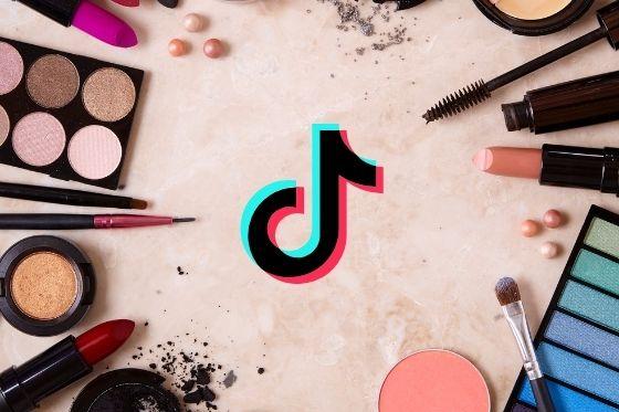 haar en make-up hacks en trends van tiktok die de moeite waard zijn