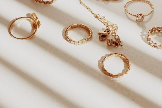 4 belangrijke aandachtspunten bij het verkopen van gouden sieraden